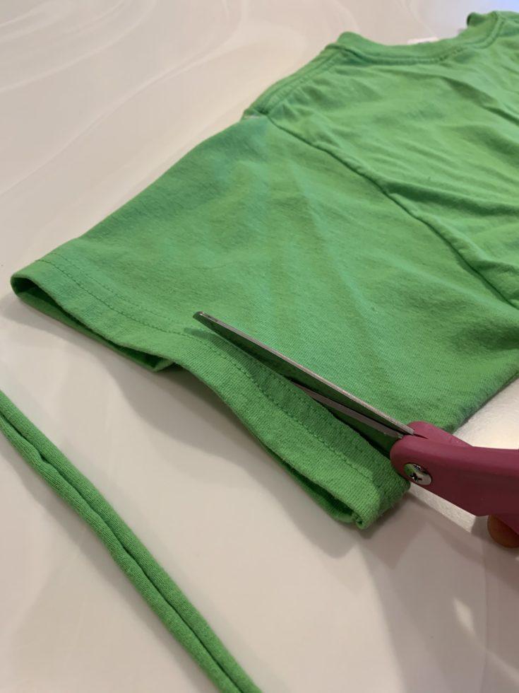 Cutting the sleeve