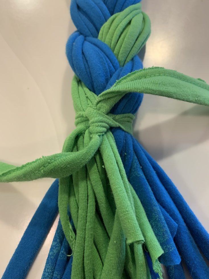 Green and blue cloth strips